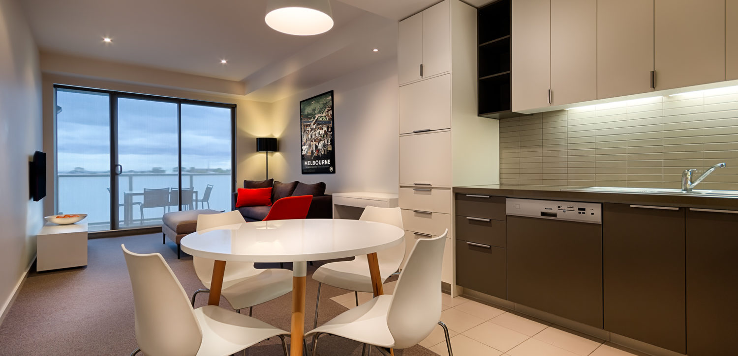 caroline-serviced-apartments-3bed-kitchen-dining | Caroline Serviced Apartments